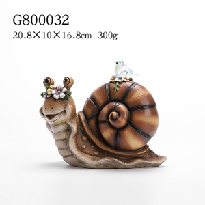 2/A Polyresin Snail/Squirrel Solar Light